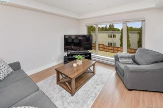 Photo 8: 207 7161 West Saanich Rd in BRENTWOOD BAY: CS Brentwood Bay Condo for sale (Central Saanich)  : MLS®# 839136