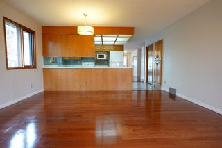 Photo 6: 195 Rhatigan Road E in Edmonton: Zone 14 House for sale : MLS®# E4254663