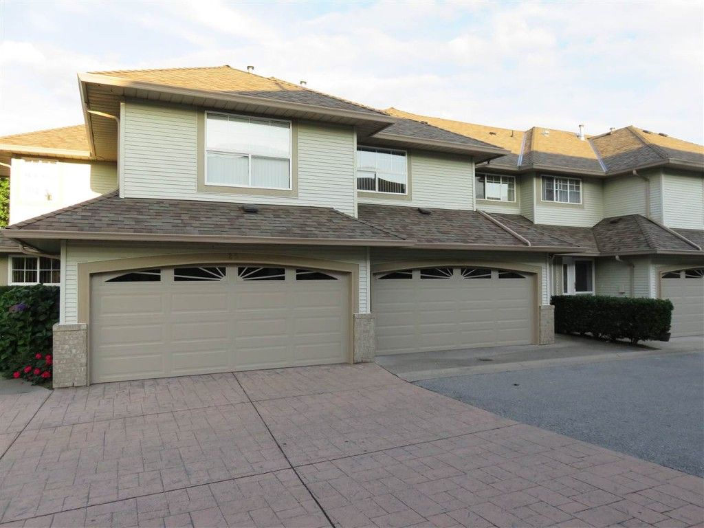 Main Photo: 24 12165 75 AVE in Surrey: West Newton Townhouse for sale : MLS®# R2011964