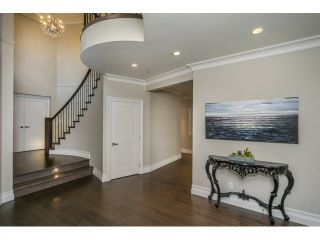 Photo 14: 15271 COLUMBIA Avenue: White Rock House for sale (South Surrey White Rock)  : MLS®# R2073081