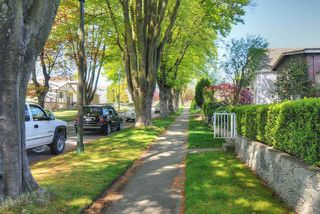 """Photo 15: 65 E 40TH Avenue in Vancouver: Main House for sale in """"Main Street"""" (Vancouver East)  : MLS®# R2050054"""