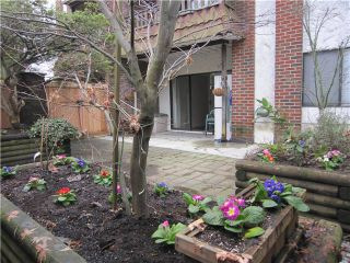 "Photo 1: 107 211 W 3RD Street in North Vancouver: Lower Lonsdale Condo for sale in ""Villa Aurora"" : MLS®# V866514"