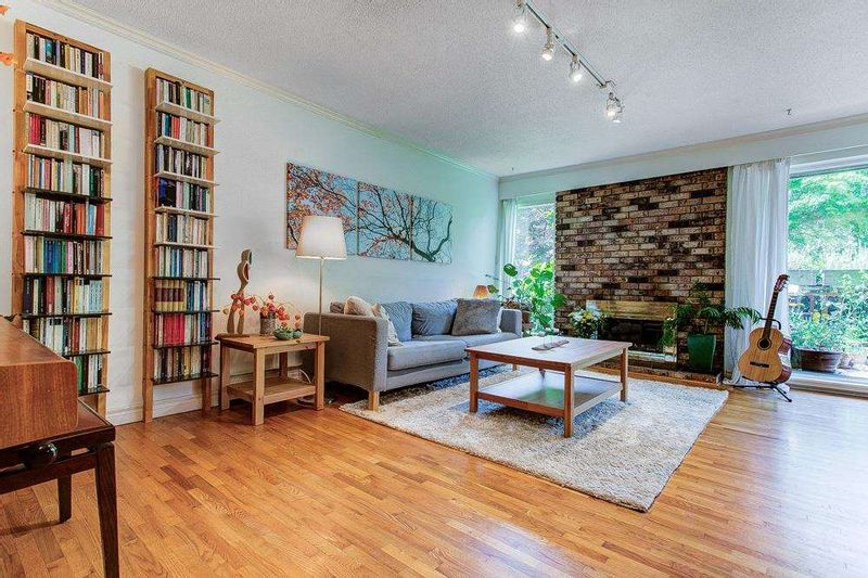 FEATURED LISTING: 303 - 555 28TH Street West North Vancouver