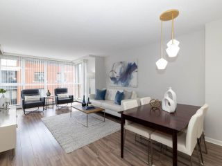 "Photo 2: 10A 199 DRAKE Street in Vancouver: Yaletown Condo for sale in ""Concordia 1"" (Vancouver West)  : MLS®# R2528895"
