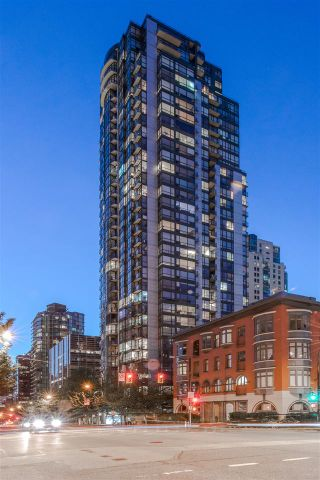 """Photo 2: 803 1239 W GEORGIA Street in Vancouver: Coal Harbour Condo for sale in """"The Venus"""" (Vancouver West)  : MLS®# R2174142"""