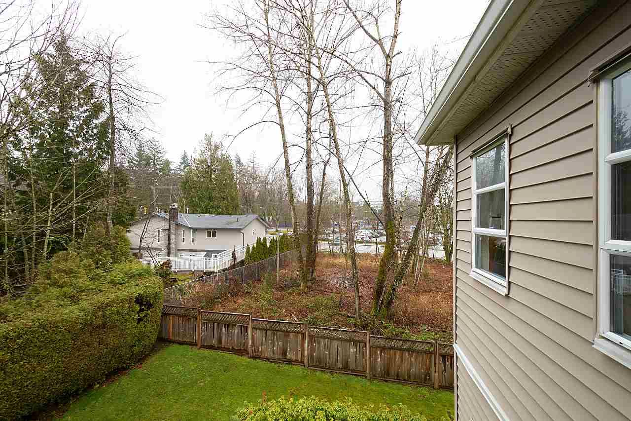 """Photo 14: Photos: 306 9767 140 Street in Surrey: Whalley Condo for sale in """"Fraser Gate"""" (North Surrey)  : MLS®# R2441933"""