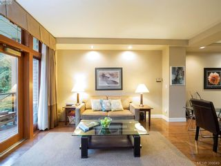 Photo 3: 104 2326 Harbour Rd in SIDNEY: Si Sidney North-East Condo for sale (Sidney)  : MLS®# 777148