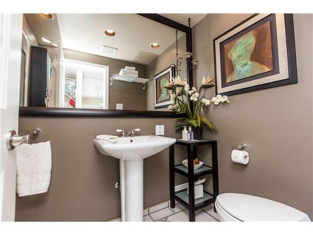 "Photo 12: Photos: 7562 118 Street in Delta: Scottsdale House for sale in ""Scottsdale"" (N. Delta)  : MLS®# F1439645"