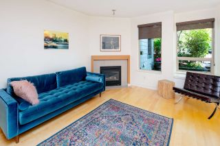 "Photo 5: 2575 EAST Mall in Vancouver: University VW Townhouse for sale in ""LOGAN LANE"" (Vancouver West)  : MLS®# R2302222"