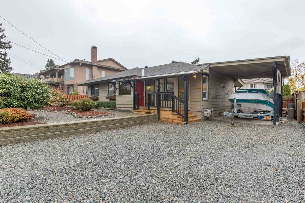 "Main Photo: 632 CHAPMAN Avenue in Coquitlam: Coquitlam West House for sale in ""COQUITLAM WEST"" : MLS®# R2015571"