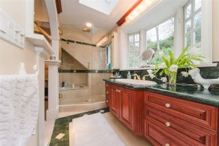 Photo 16: 4396 LOCARNO CRESCENT in Vancouver: Point Grey House for sale (Vancouver West)  : MLS®# R2432027