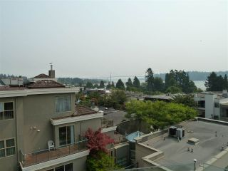 "Photo 15: 402 570 18TH Street in West Vancouver: Ambleside Condo for sale in ""WENTWORTH"" : MLS®# R2194488"