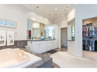 """Photo 11: 11950 CLARK Drive in Delta: Sunshine Hills Woods House for sale in """"West Panorama Ridge"""" (N. Delta)  : MLS®# R2122074"""