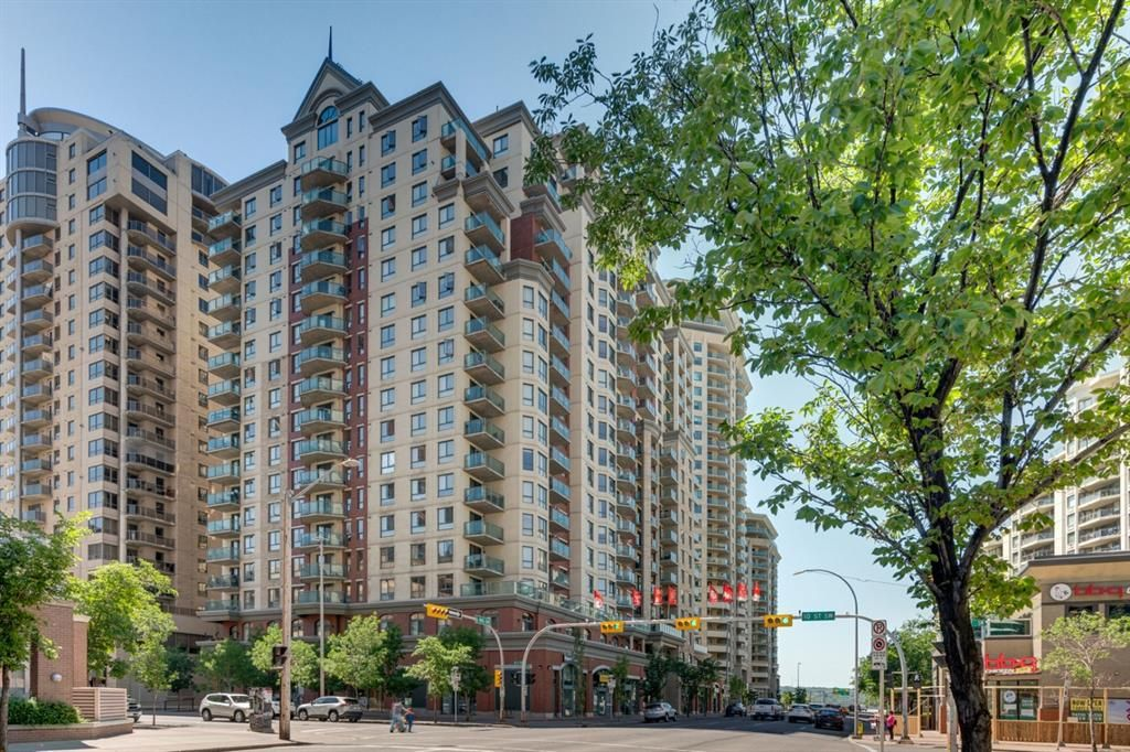 Main Photo: 1017 1111 6 Avenue SW in Calgary: Downtown West End Apartment for sale : MLS®# A1125716