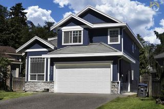 Photo 1: 14517 83 ave in Surrey: Bear Creek Green Timbers House for sale : MLS®# R2180826