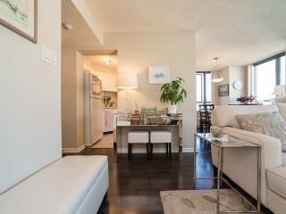 Photo 3: 802 1265 BARCLAY STREET in : West End VW Condo for sale (Vancouver West)  : MLS®# R2098949