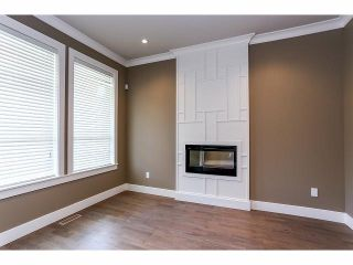 """Photo 2: 7687 211B Street in Langley: Willoughby Heights House for sale in """"Yorkson"""" : MLS®# F1405632"""