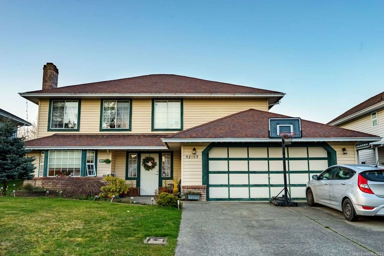"""Main Photo: 32153 SORRENTO Avenue in Abbotsford: Abbotsford West House for sale in """"FAIRFIELD ESTATES"""" : MLS®# R2552679"""
