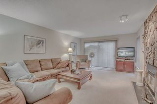 Photo 2: 5851 Mayview Circle in : Burnaby Lake Townhouse  (Burnaby South)  : MLS®# R2011887