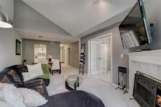 """Photo 2: 311 15272 20 Avenue in Surrey: King George Corridor Condo for sale in """"Windsor Court"""" (South Surrey White Rock)  : MLS®# R2582826"""