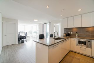 """Photo 3: 802 6658 DOW Avenue in Burnaby: Metrotown Condo for sale in """"MODA"""" (Burnaby South)  : MLS®# R2602732"""
