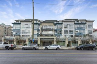 """Photo 33: 201 122 E 3RD Street in North Vancouver: Lower Lonsdale Condo for sale in """"Sausalito"""" : MLS®# R2525697"""
