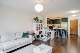 """Photo 9: 320 3163 RIVERWALK Avenue in Vancouver: South Marine Condo for sale in """"New Water"""" (Vancouver East)  : MLS®# R2584543"""
