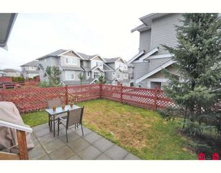 """Photo 10: 39 16760 61ST Avenue in Surrey: Cloverdale BC Townhouse for sale in """"HARVEST LANDING"""" (Cloverdale)  : MLS®# F2903413"""