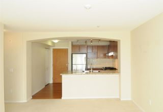 """Photo 10: 202 3082 DAYANEE SPRINGS Boulevard in Coquitlam: Westwood Plateau Condo for sale in """"The Lanterns"""" : MLS®# R2589726"""