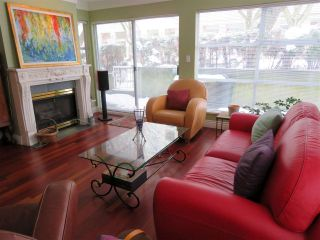 """Photo 2: 104 2815 YEW Street in Vancouver: Kitsilano Condo for sale in """"2815 YEW STREET"""" (Vancouver West)  : MLS®# R2136894"""
