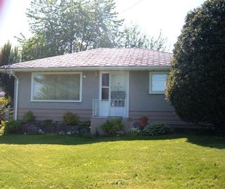 Photo 3: 1127 Knet St in White Rock: Home for sale