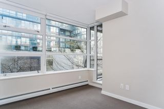 """Photo 14: 251 108 W 1ST Avenue in Vancouver: False Creek Townhouse for sale in """"WALL CENTRE FALSE CREEK EAST TOWER"""" (Vancouver West)  : MLS®# R2620424"""
