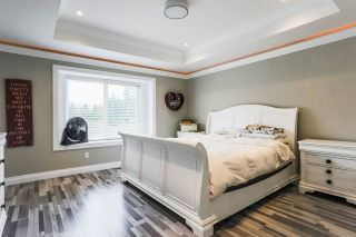 """Photo 5: 2676 CABOOSE Place in Abbotsford: Aberdeen House for sale in """"Station Hills"""" : MLS®# R2300658"""