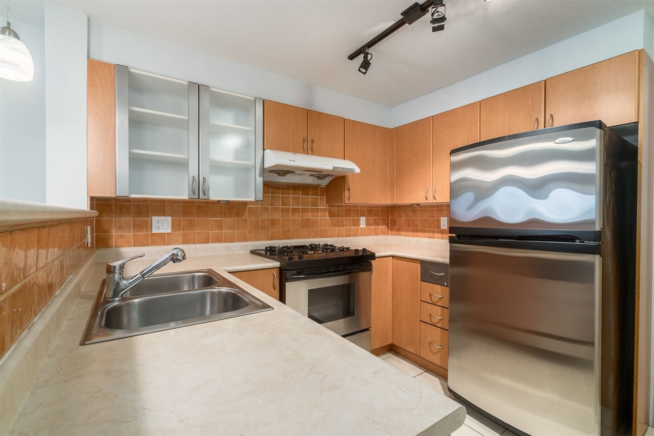 "Main Photo: 309 2741 E HASTINGS Street in Vancouver: Hastings East Condo for sale in ""RIVIERA"" (Vancouver East)  : MLS®# R2116678"