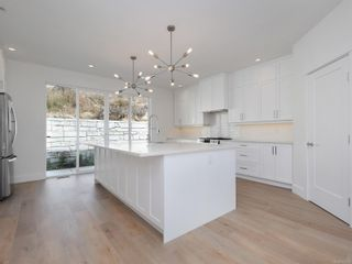 Photo 5: 2414 Azurite Cres in : La Bear Mountain House for sale (Langford)  : MLS®# 851284