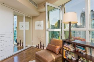 """Photo 18: PH3 555 JERVIS Street in Vancouver: Coal Harbour Condo for sale in """"HARBOURSIDE PARK II"""" (Vancouver West)  : MLS®# R2578170"""