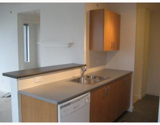 "Photo 9: 808 1295 RICHARDS Street in Vancouver: Downtown VW Condo for sale in ""OSCAR"" (Vancouver West)  : MLS®# V757058"