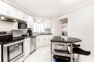 """Photo 11: 1203 PLATEAU Drive in North Vancouver: Pemberton Heights Townhouse for sale in """"Plateau Village"""" : MLS®# R2418766"""