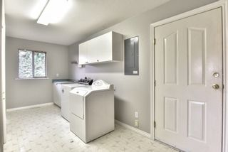 """Photo 14: 18608 54 Avenue in Surrey: Cloverdale BC House for sale in """"Hunter Park"""" (Cloverdale)  : MLS®# R2328528"""