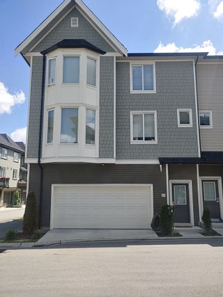 Photo 1: 54 8138 204TH Street in Langley: Willoughby Heights Townhouse for sale : MLS®# R2477324
