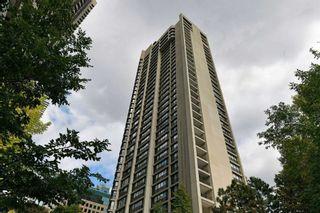 Photo 1: 2208 33 Harbour Square in Toronto: Waterfront Communities C1 Condo for lease (Toronto C01)  : MLS®# C5393126