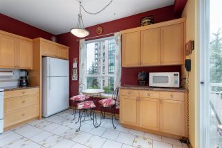 """Photo 8: 422 3098 GUILDFORD Way in Coquitlam: North Coquitlam Condo for sale in """"Marlborough House"""" : MLS®# R2490203"""