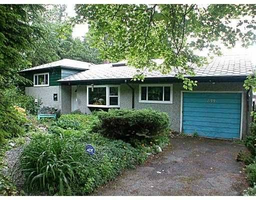 Main Photo: 633 BLUE MOUNTAIN ST in Coquitlam: Central Coquitlam House for sale : MLS®# V538897