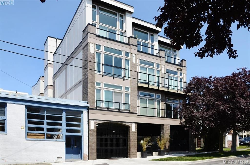 Main Photo: 307 1121 Fort St in VICTORIA: Vi Downtown Condo for sale (Victoria)  : MLS®# 778448