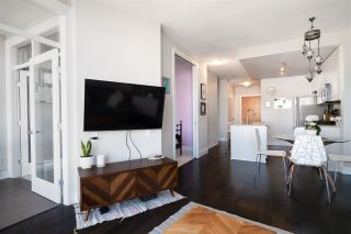 "Photo 5: 611 298 E 11TH Avenue in Vancouver: Mount Pleasant VE Condo for sale in ""The Sophia"" (Vancouver East)  : MLS®# R2485147"