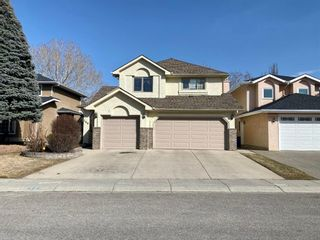 Photo 2: 160 Mt Robson Circle SE in Calgary: McKenzie Lake Detached for sale : MLS®# A1099361