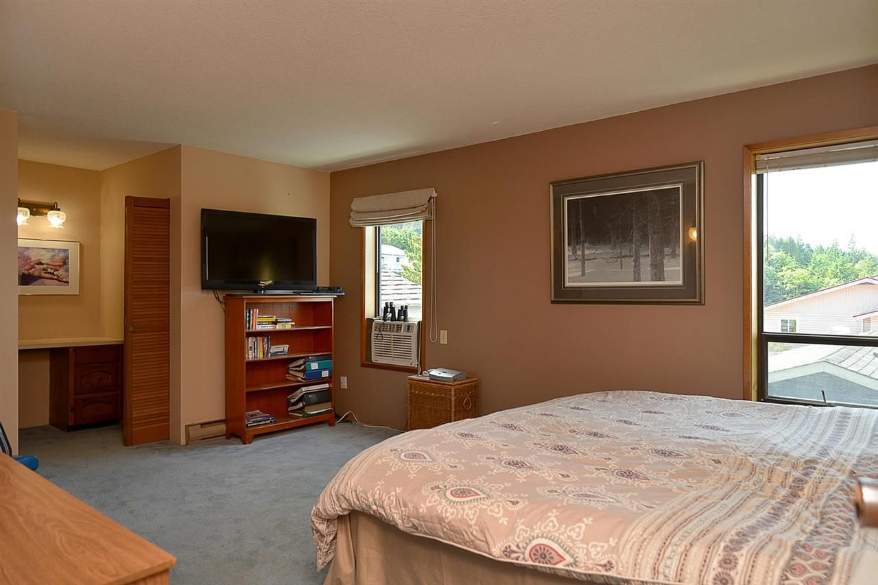 Photo 15: Photos: 5233 CHARTWELL ROAD in Sechelt: Sechelt District House for sale (Sunshine Coast)  : MLS®# R2155244