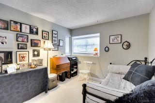 """Photo 26: 9264 GOLDHURST Terrace in Burnaby: Forest Hills BN Townhouse for sale in """"Copper Hill"""" (Burnaby North)  : MLS®# R2287612"""