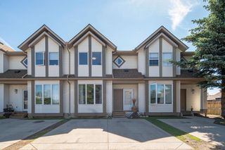 Main Photo: 38 Shawbrooke Court SW in Calgary: Shawnessy Row/Townhouse for sale : MLS®# A1122445