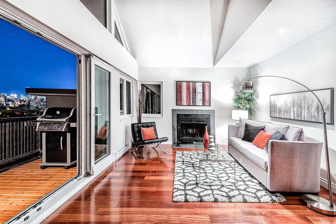 Main Photo: 2142 W 3RD AVENUE in Vancouver: Kitsilano Townhouse for sale (Vancouver West)  : MLS®# R2002064